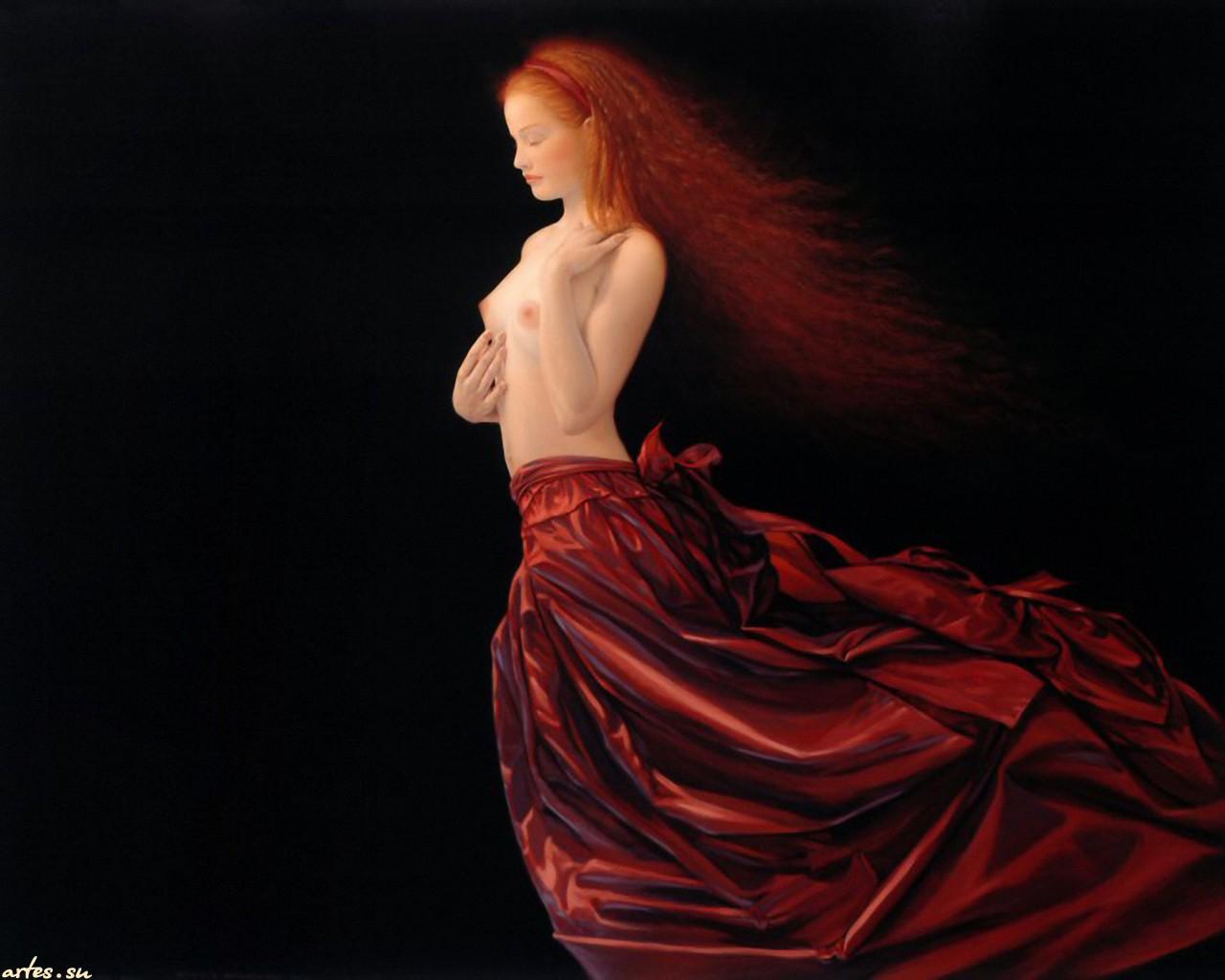 Рыжая в красном халате 5 фотография